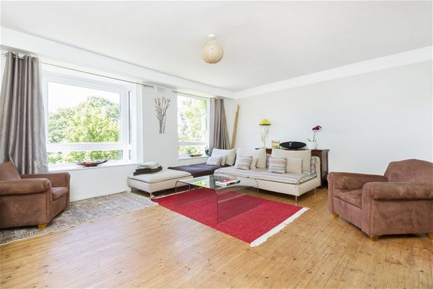 Thumbnail Flat to rent in Great Brownings, London