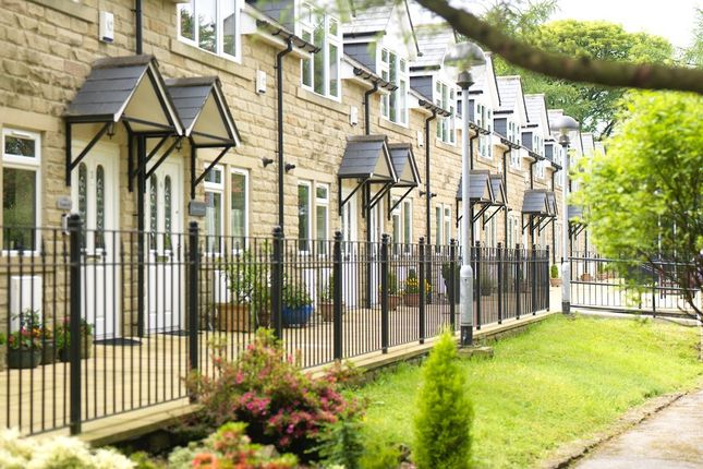 Thumbnail Mews house for sale in Skipton Road, Steeton, Keighley
