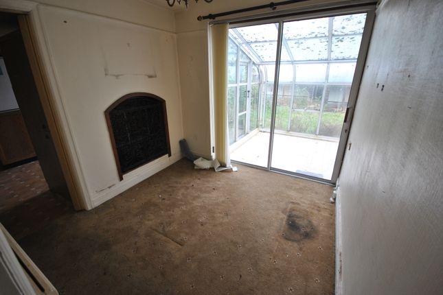 Morning Room of Rivington Crescent, Pendlebury, Swinton, Manchester M27
