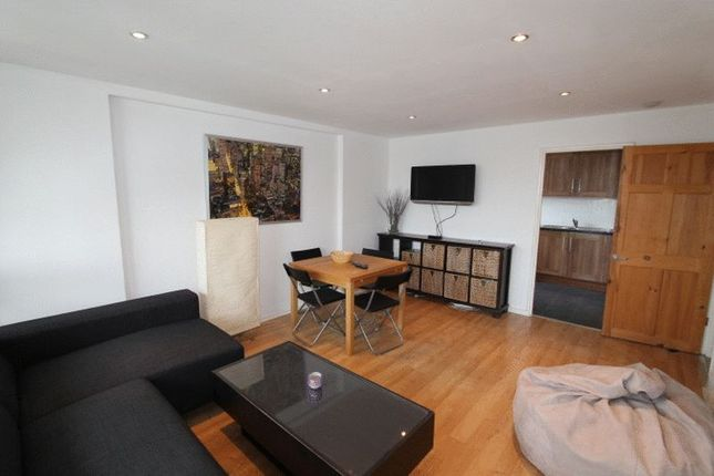 Thumbnail Flat to rent in Knighthead Point, The Quarterdeck, London