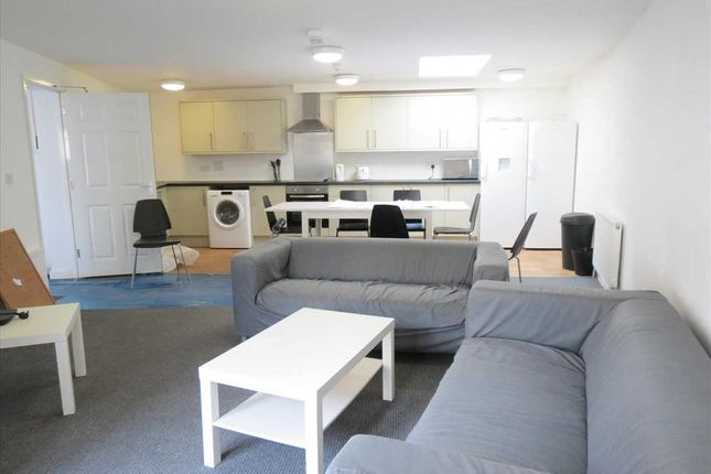 Thumbnail Flat to rent in Seamoor Lane, Westbourne, Westbourne