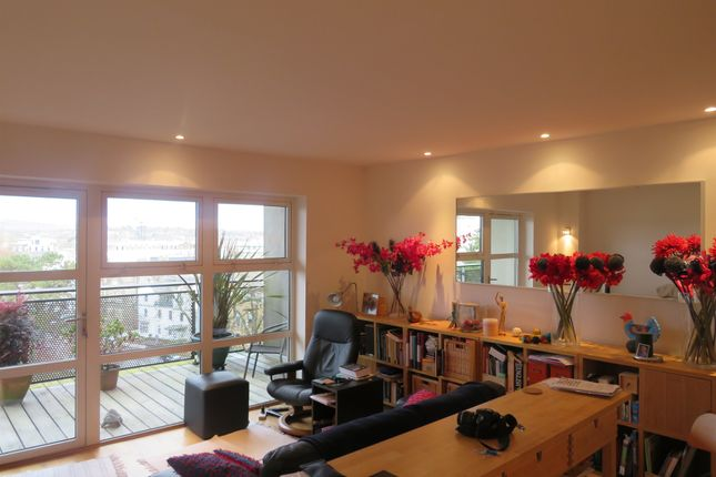 Thumbnail Flat for sale in Greyfriars Road, Cardiff