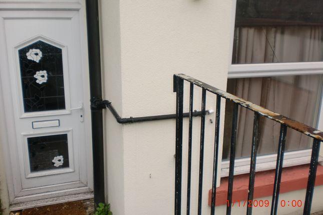 Ebberston Terrace, Hyde Park LS6