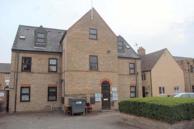 Thumbnail Flat for sale in Huntingdon Street, St. Neots