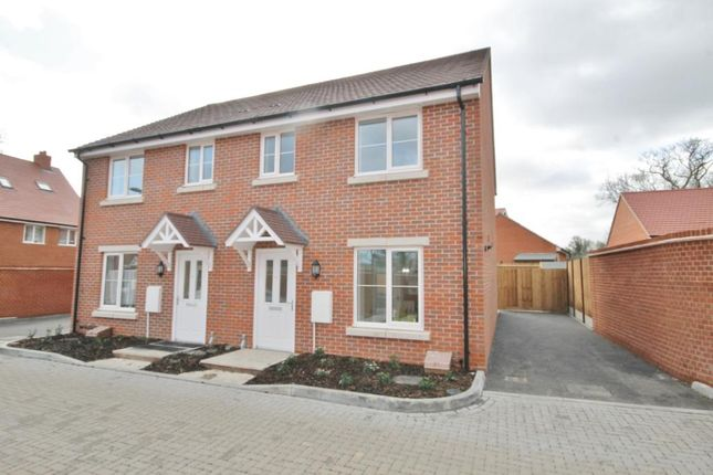 Thumbnail Semi-detached house to rent in Parsons Way, Tongham