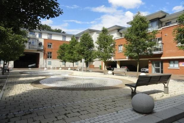 Thumbnail Flat to rent in Victoria Court, New Street, Chelmsford