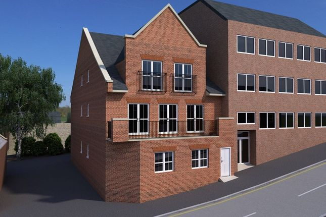Thumbnail Flat for sale in Station Road, Chesham