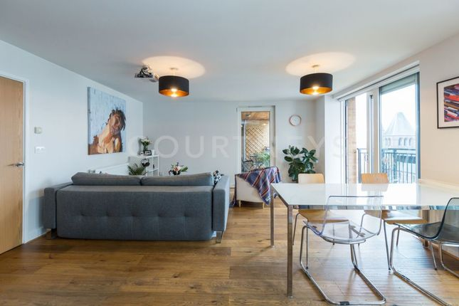 Thumbnail Flat to rent in Labyrinth Tower, Dalston Square, Dalston Square