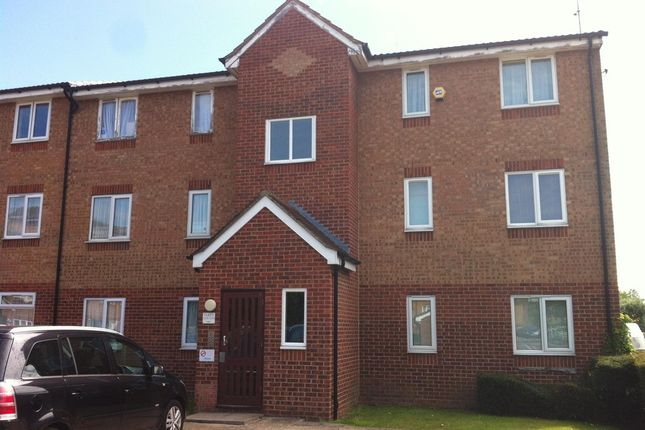 Thumbnail Flat for sale in Express Drive, Goodmayes, Essex