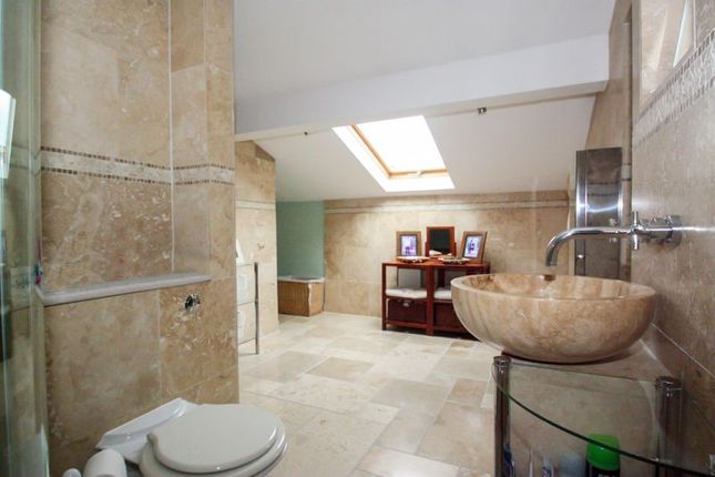 Photo 25 of Tower House Guest House, Pontefract, West Yorkshire WF8