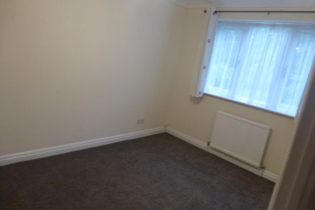 Bedroom 1 of Willow Road, Aylesbury HP19