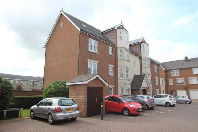 Thumbnail Flat for sale in Harrietsham House, Maidstone