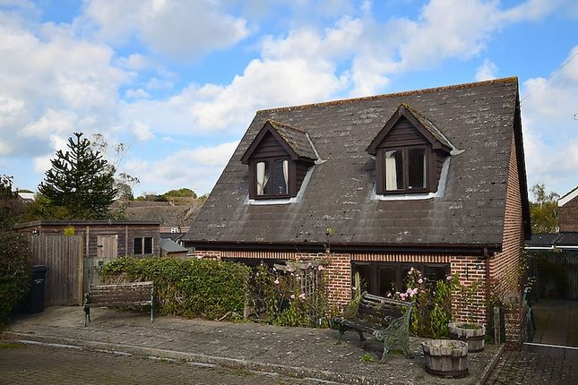 Thumbnail Semi-detached house for sale in High Street, Ticehurst, Wadhurst