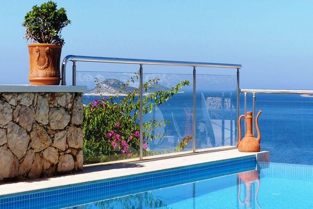 Villa for sale in Kalkan, Antalya, Turkey