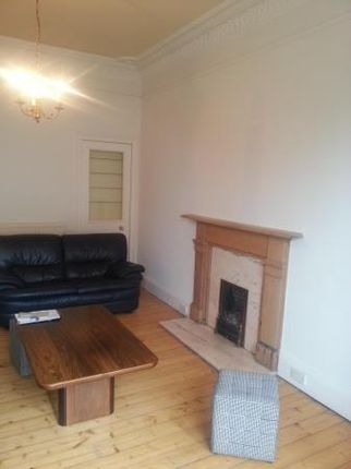 2 bed flat to rent in Leamington Terrace, Edinburgh