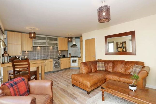 Flat to rent in Frater Place, City Centre, Aberdeen