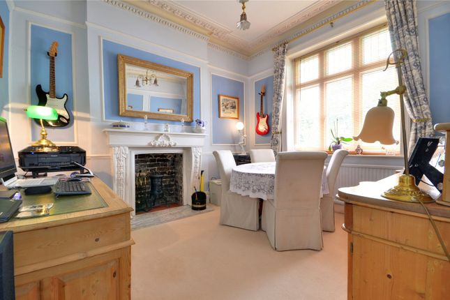 Thumbnail Flat for sale in High Street, Hartfield, East Sussex