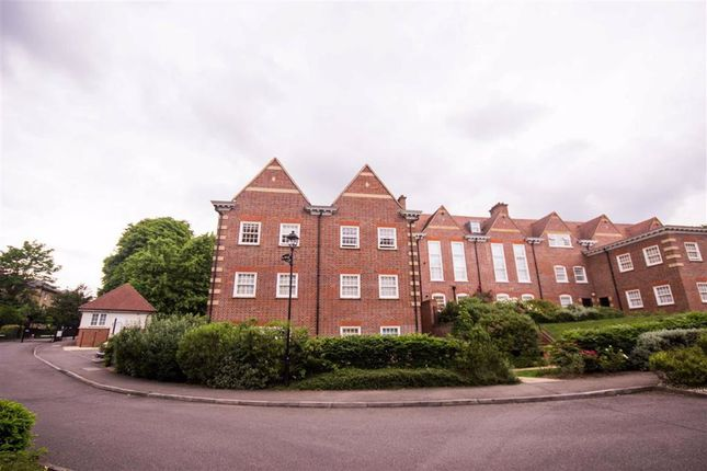 Thumbnail Flat to rent in Cottage Close, Harrow, Middlesex