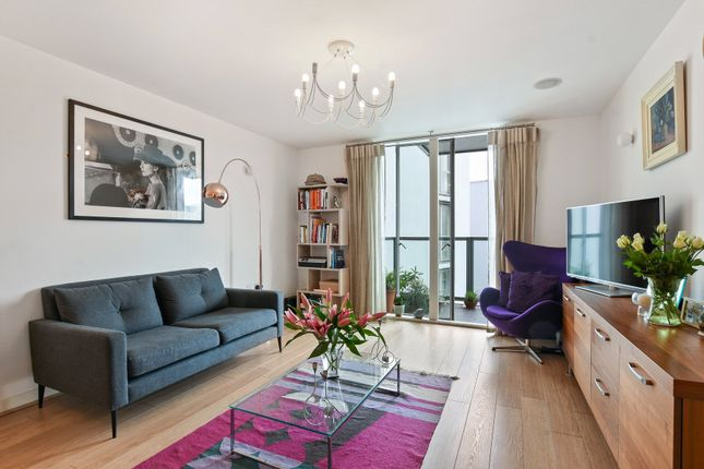 Thumbnail Flat for sale in Hudson Apartments, Chadwell Lane, London