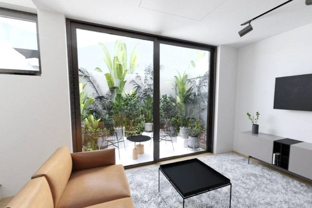 1 bed flat for sale in Lordship Lane, Dulwich, London SE22