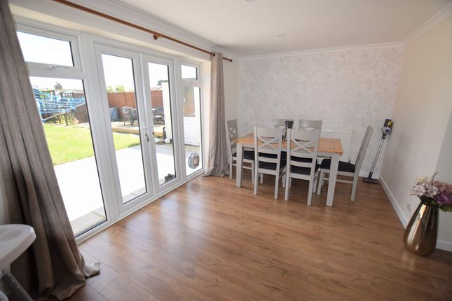 Dining Area of Sunset Close, Pevensey Bay BN24