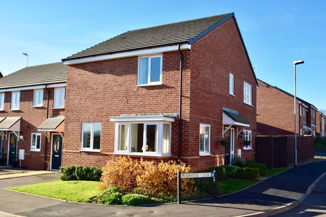 3 bed semi-detached house for sale in Pearwood Close, Evesham
