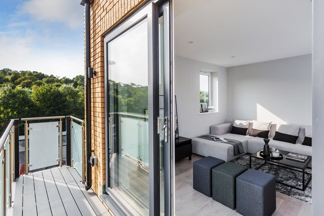 Balcony of Whyteleafe Hill, Whyteleafe CR3