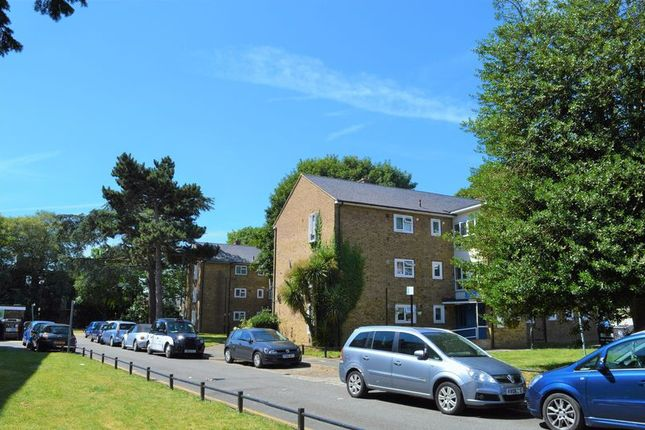 Thumbnail Maisonette for sale in Moree Way, London