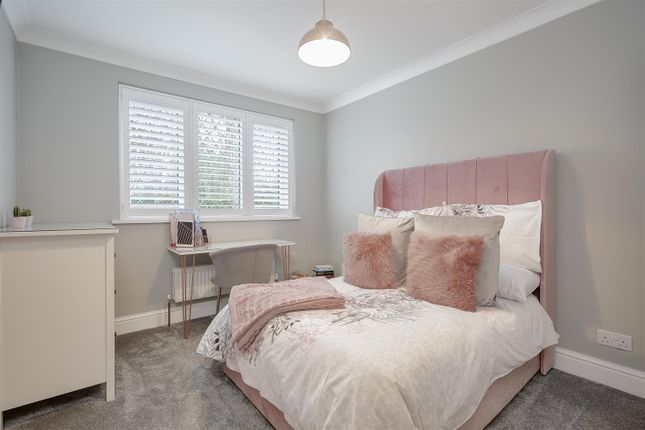 House-Woodcote-Road-Wallington-115