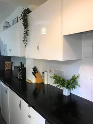 Room to rent in Cleaver Street, Burnley BB10