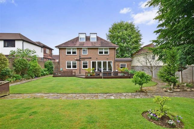6 bed detached house for sale in queens road maidstone