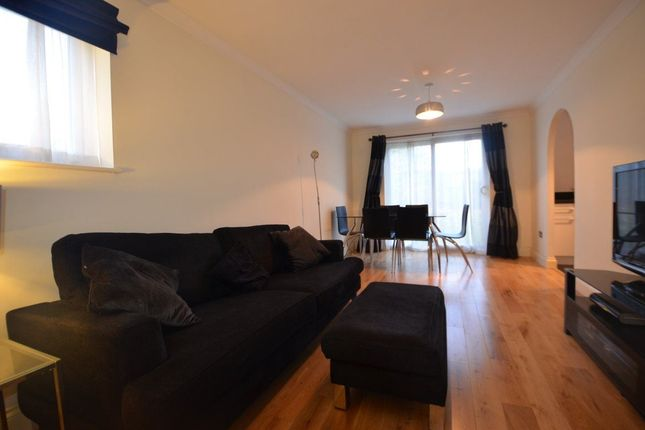 Thumbnail Flat to rent in Newcombe Rise, Yiewsley
