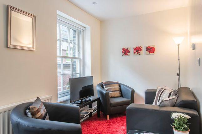 Thumbnail Flat to rent in Artillery Lane, London