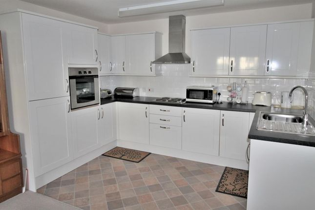 Thumbnail Property for sale in Mariners Court, Lamberts Road, Swansea