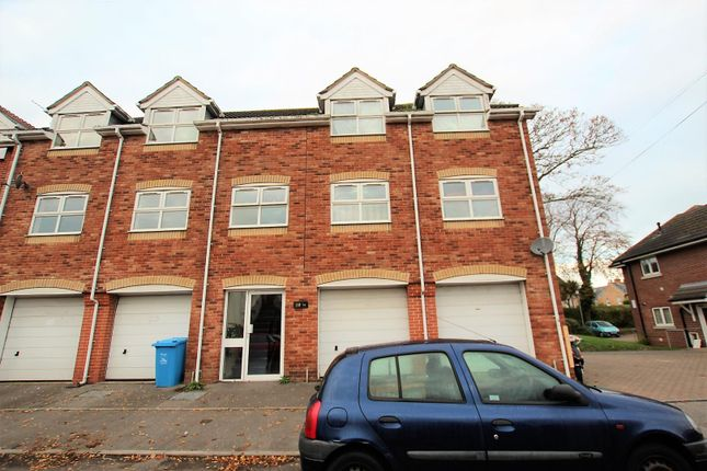 Thumbnail Property for sale in Vale Heights, Vale Road, Parkstone, Poole