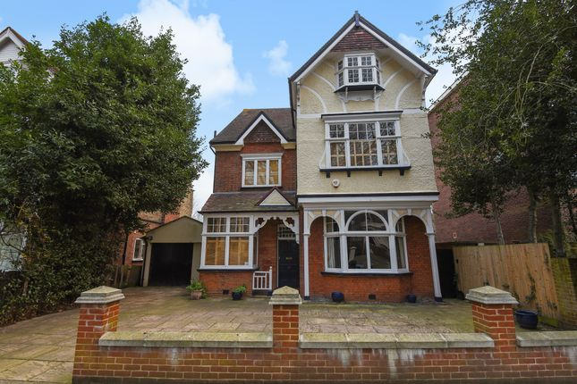 6 bed detached house for sale in Spencer Road, London