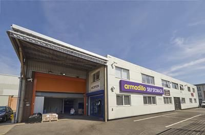 Warehouse to let in Armadillo West Molesey, 36 Central Avenue, West Molesey