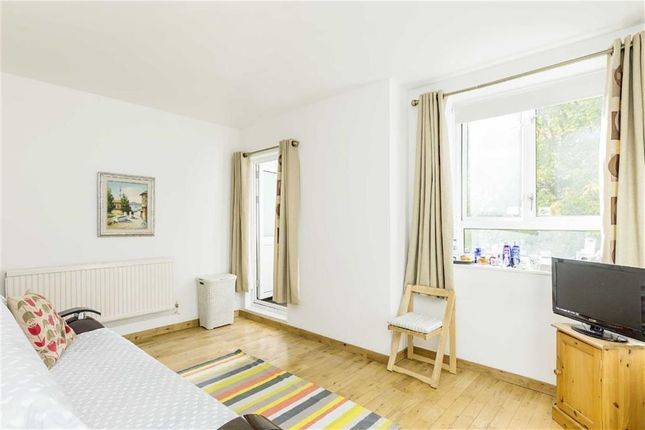 2 bed flat for sale in Dorman Way, London