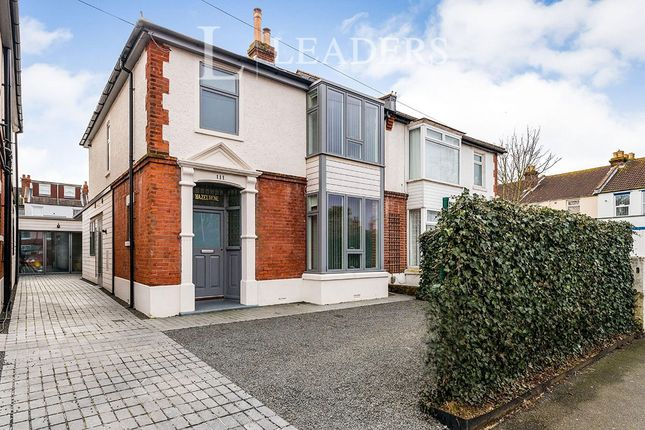 Thumbnail Flat to rent in Hartley Road, Portsmouth
