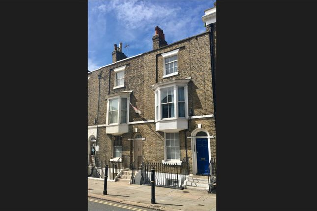 Office to let in Castle Street, Dover