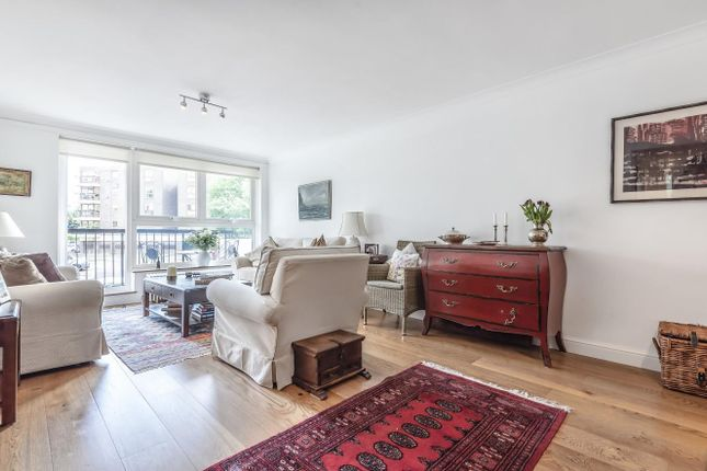 Thumbnail Flat for sale in Hawthorn Court, Warwick Drive, Putney