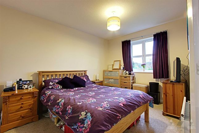 Master Bedroom of Loxley Drive, Mansfield NG18