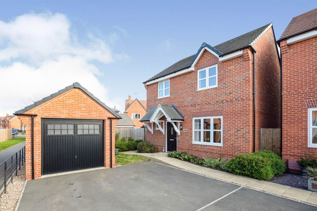 Thumbnail Detached house for sale in Dove Close, Southam
