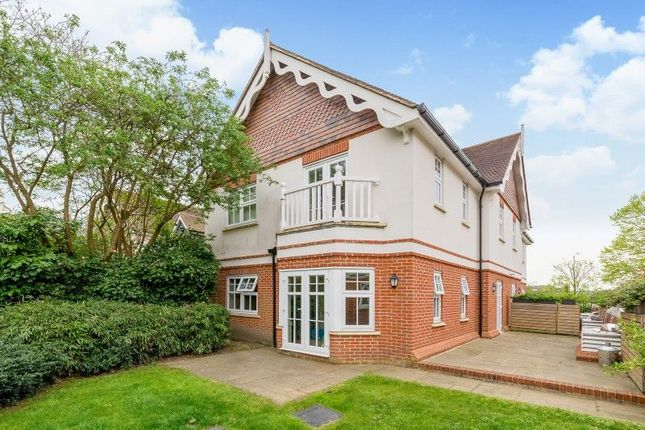 Thumbnail Flat for sale in Semaphore Road, Guildford