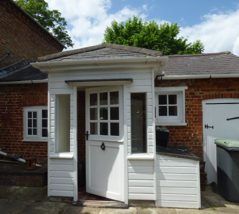 Thumbnail Cottage to rent in Crawley Park, Husborne Crawley
