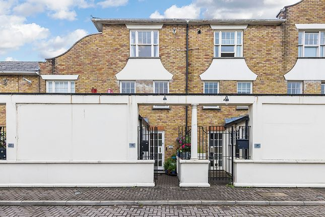 Thumbnail Terraced house for sale in Sutton Square, London