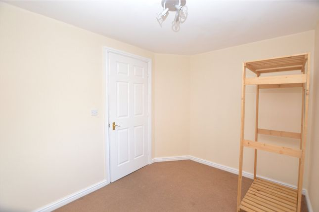 Picture No. 11 of Castle Lodge Court, Rothwell, Leeds, West Yorkshire LS26