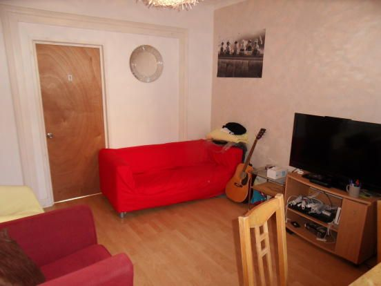 Thumbnail Shared accommodation to rent in Neville Terrace, York