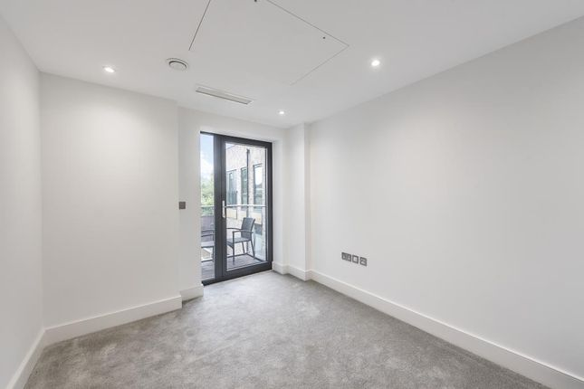 Internal of Allmand Place, Granville Road, London NW2