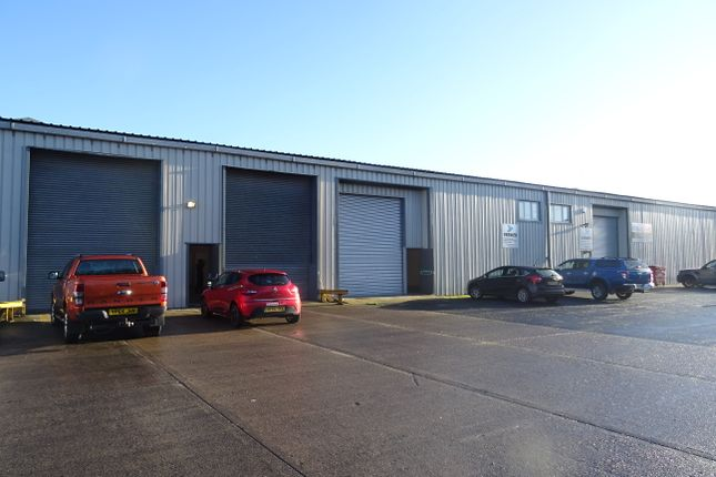 Thumbnail Warehouse to let in Prospect Park, Fforestfach, Swansea
